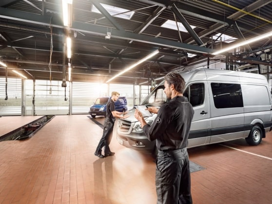 Mercedes-Benz digital servicerapport for din familie- og bobil